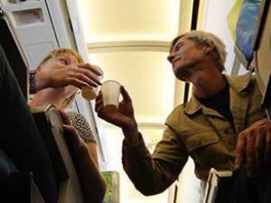 THY'den uçuşlarda içki servisi açıklaması