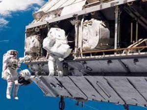 NASA'nın Uzay arasındaki iletişimi koptu