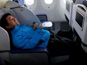 Uçak'ta ekonomi Fırst Class rahatlığı