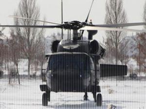 Bitlis'te askeri helikopter acil iniş yaptı