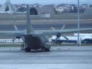Kabil'e asker taşıyan uçak Diyarbakır'a indi