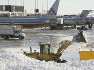 ABD'de binlerce uçak seferi iptal edildi