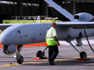 İnsansız Hava Aracında sözleşme yapılıyor