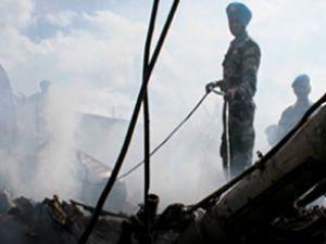 Kongo'da bir uçak yerleşim merkezine düştü