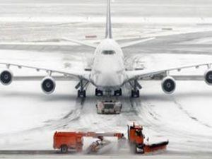 Ukrayna'da kar yağışı olumsuz etkiledi