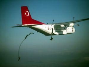 Paraşütçü komandolar Erdoğan'ı etkiledi