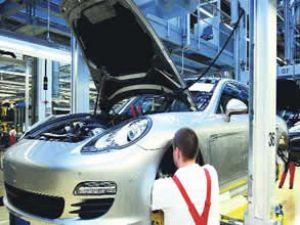 Porsche primleriyle 'rekora' imza attı