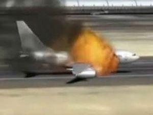 Esed'in silah dolu uçağını vurdular