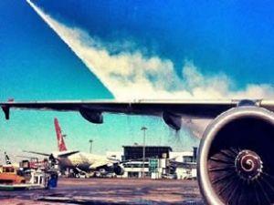 Artık uçak kanatları buz tutmayacak