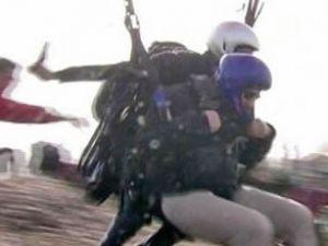 Belediye Başkanı paraşüt kazası geçirdi