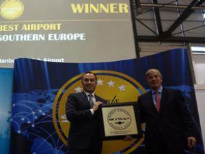 """AHL, Avrupa'da """"En İyi Havalimanı"""" seçildi"""