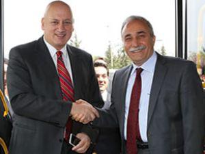 Turkcell ve Belsan cepten ödeme başladı