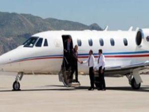 Şırnak Havaalanı'na ilk uçak indi