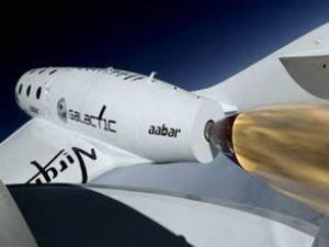 Dünyanın ilk turistik uzay gemisi testi geçti