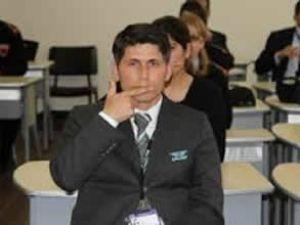 Havalimanı personeli işaret dili öğreniyor