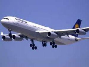 Lufthansa uçağında koku panik yarattı