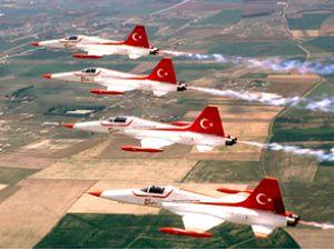 Türk Yıldızları'ndan bu yıl 21 gösteri
