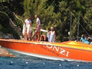 Arda Turan yeni sürat teknesi aldı