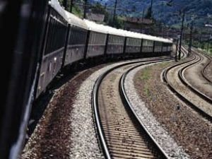 Orta Asya'yı Çin'e demir yolu ile bağlanıyor