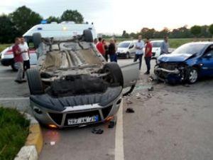 Kocaeli Kartepe'de kaza: 10 yaralı