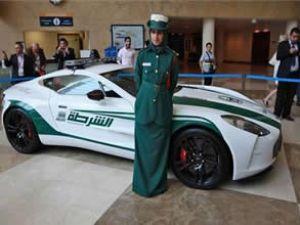Dubai Polisine 1.4 milyon dolarlık araba
