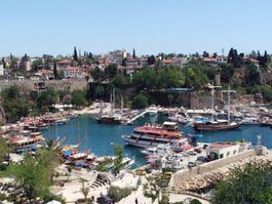 Antalya limanı 170 bin yolcuyu hedefliyor