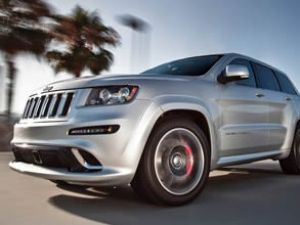 Cherokee, 'En İyi Orta Sınıf SUV' seçildi