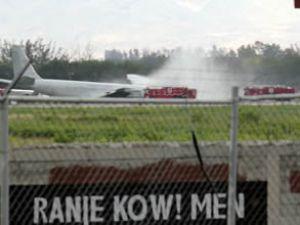 Brezilya Ordusu'na ait uçak  pistten çıktı