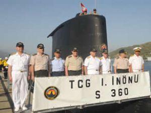 Genelkurmay Başkanı denizaltıyla daldı