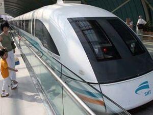 Gözler Japon Demiryollarının yeni jetinde