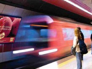 Taksim metrosu yine durduruldu