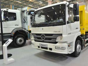 Mercedes  kamyonları Çevre Fuarı'nda