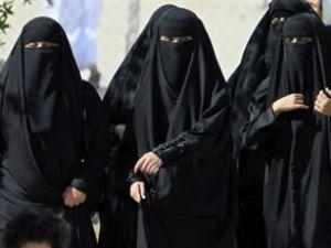 Suudi kadınlara havaalanında iş fırsatı