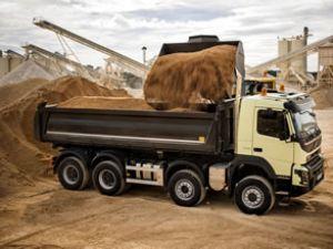Yeni Volvo FMX'le zorlu şartlarda mükemmel konfor