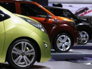 Otomobil dış ticaretindeki açık arttı