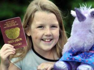 Oyuncak pasaportta bir skandal daha