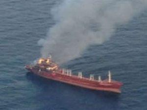 İtalya'da Türk tankerinde yangın