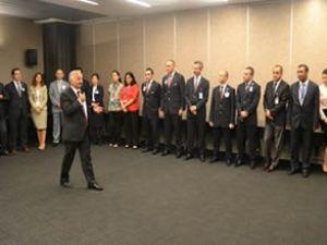 Kotil ödülü THY çalışanlarıyla kutladı