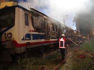 Haydarpaşa'da sabaha karşı vagon yandı