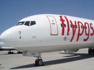 Pegasus uçağında yolculardan  rötar eylemi