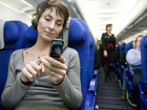 Uçaklarda cep telefonu serbest oluyor