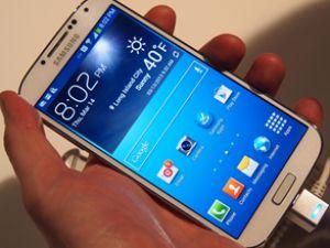 Galaxy S4, Samsung'u zirveye taşıyor