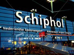 Amsterdam Havaalanı personeli hırsızlık yaptı