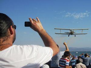 Akçay'daki uçuş gösterileri hayran bıraktı