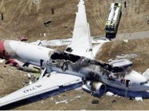 O uçakta hayatını kaybedenler öğrenciydi
