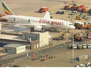 Heathrow Havaalanı'ndaki yangın söndü
