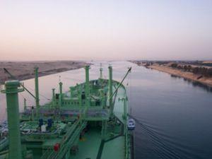 Nakliyecinin son çaresi Süveyş Kanalı