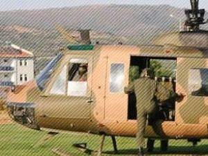 Askeri helikopter acil iniş yaptı
