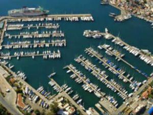 Karşıyaka'ya yat limanı yapılmayacak