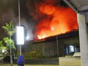 Kenya'da havalimanında yangın